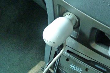Ipod_charger_04